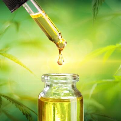 Какво представлява пълноценното (пълен спектър) конопено масло