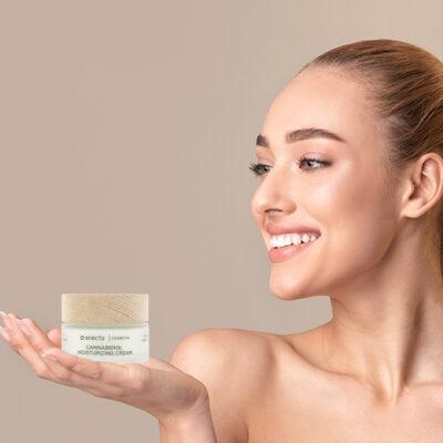 Грижа за кожата с канабидиол